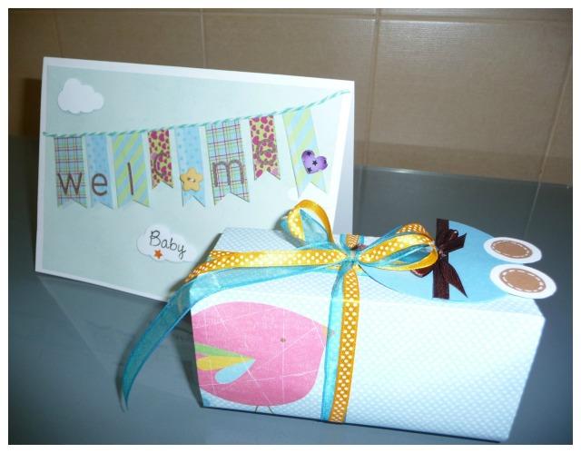 Tarjeta+cajita regalo bebe scrapbook